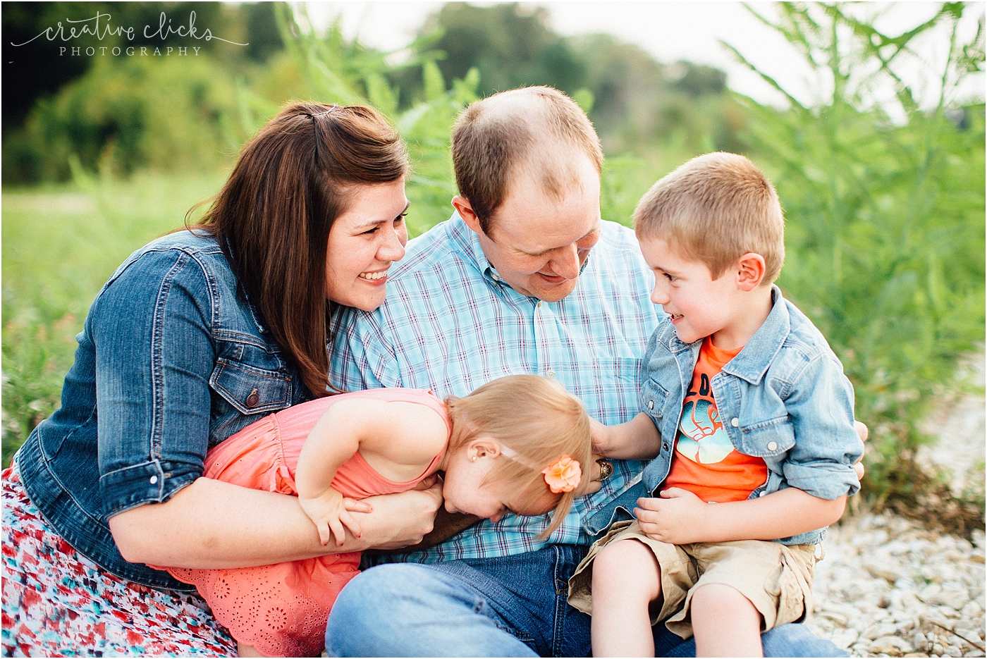 Salado_Creek_Outdoor_Family_Session_02