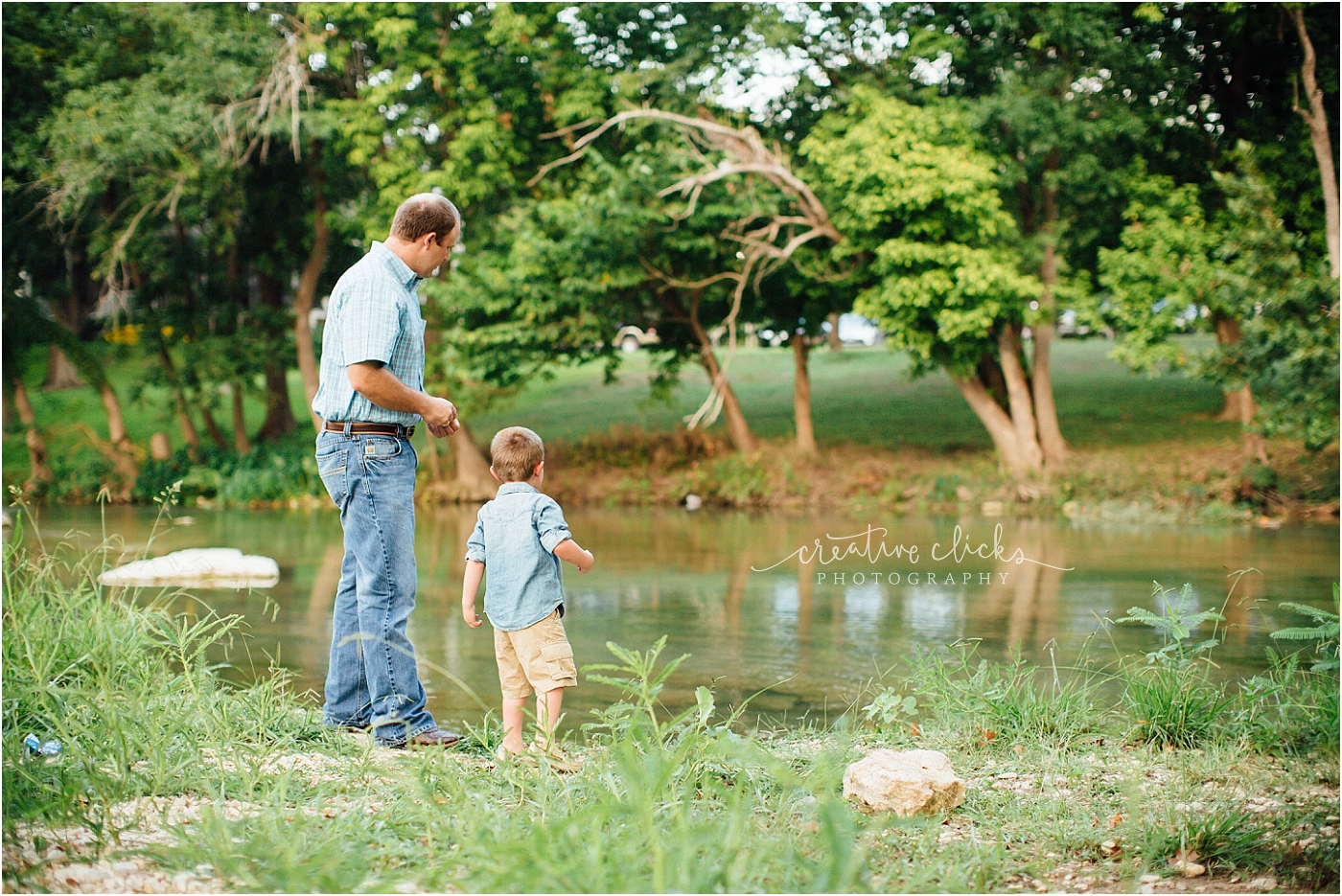 Salado_Creek_Outdoor_Family_Session_24