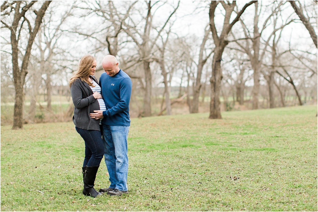 Houston Outdoor Winter Maternity Session_05