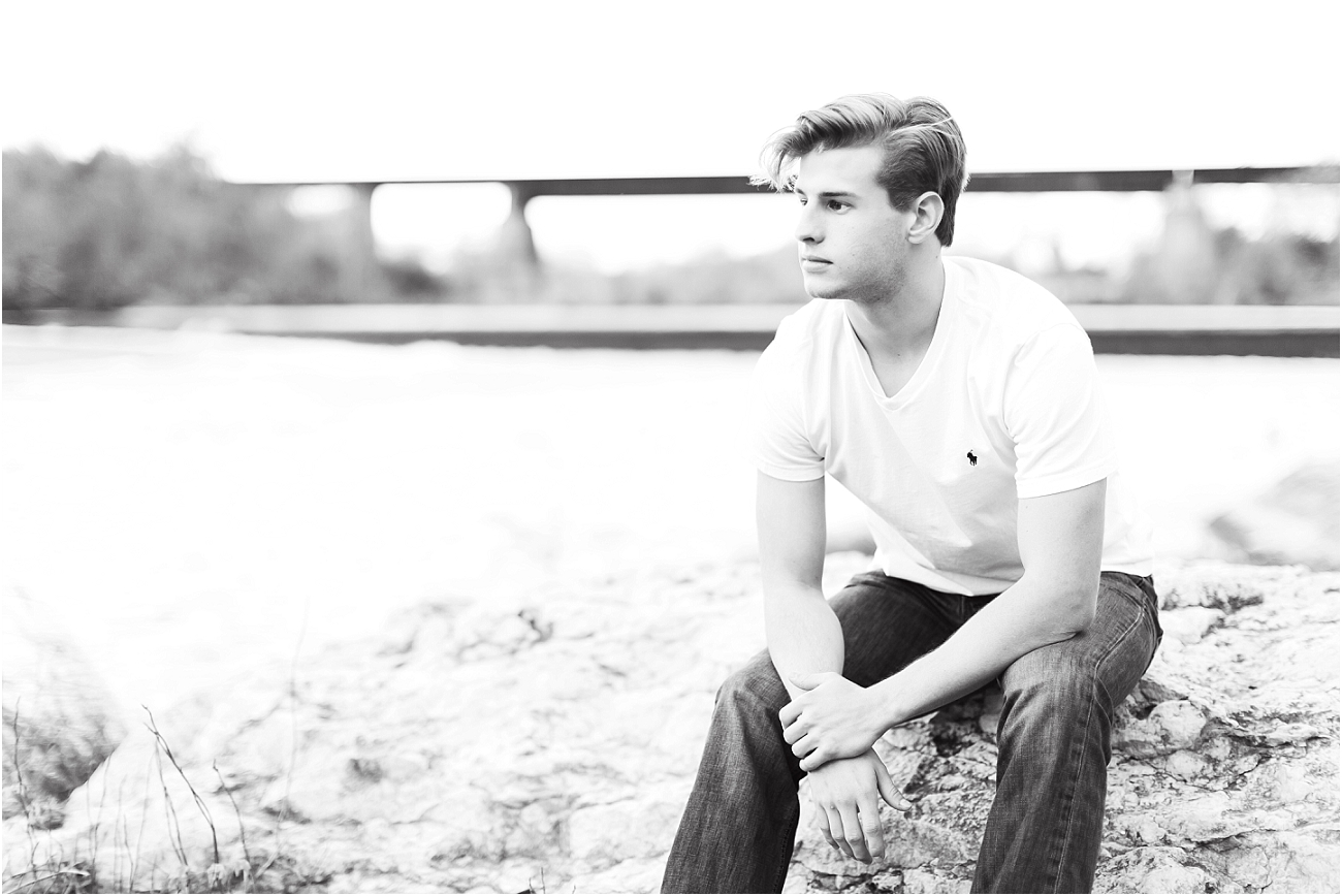 Outdoor Male Senior Session - Houston_06