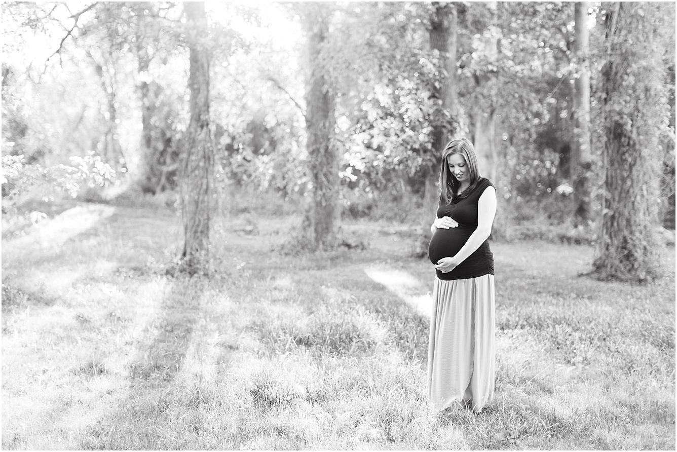 Forest Oaks Park Houston Outdoor Family Maternity Session_15