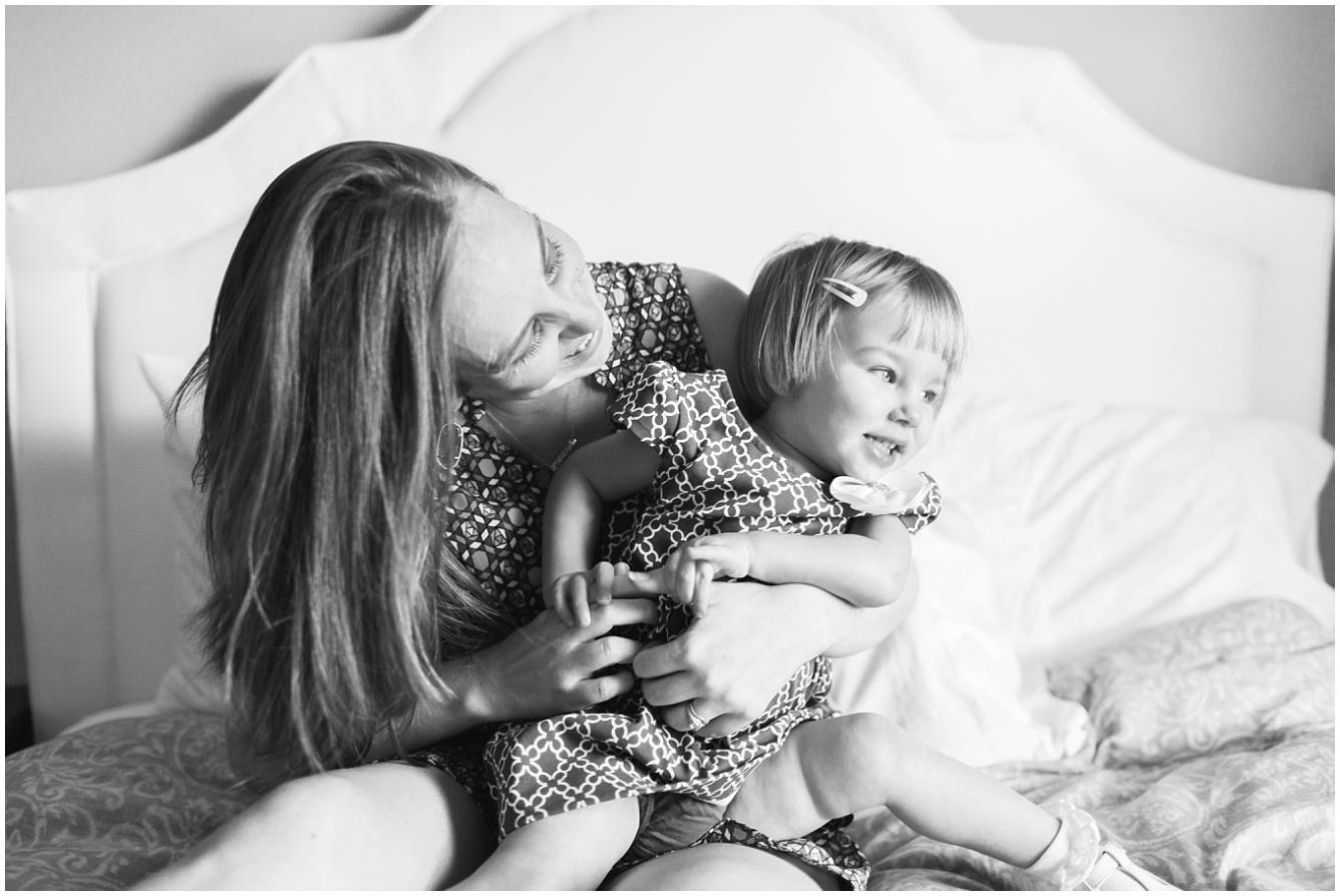 katy-lifestlye-newborn-photographer-07