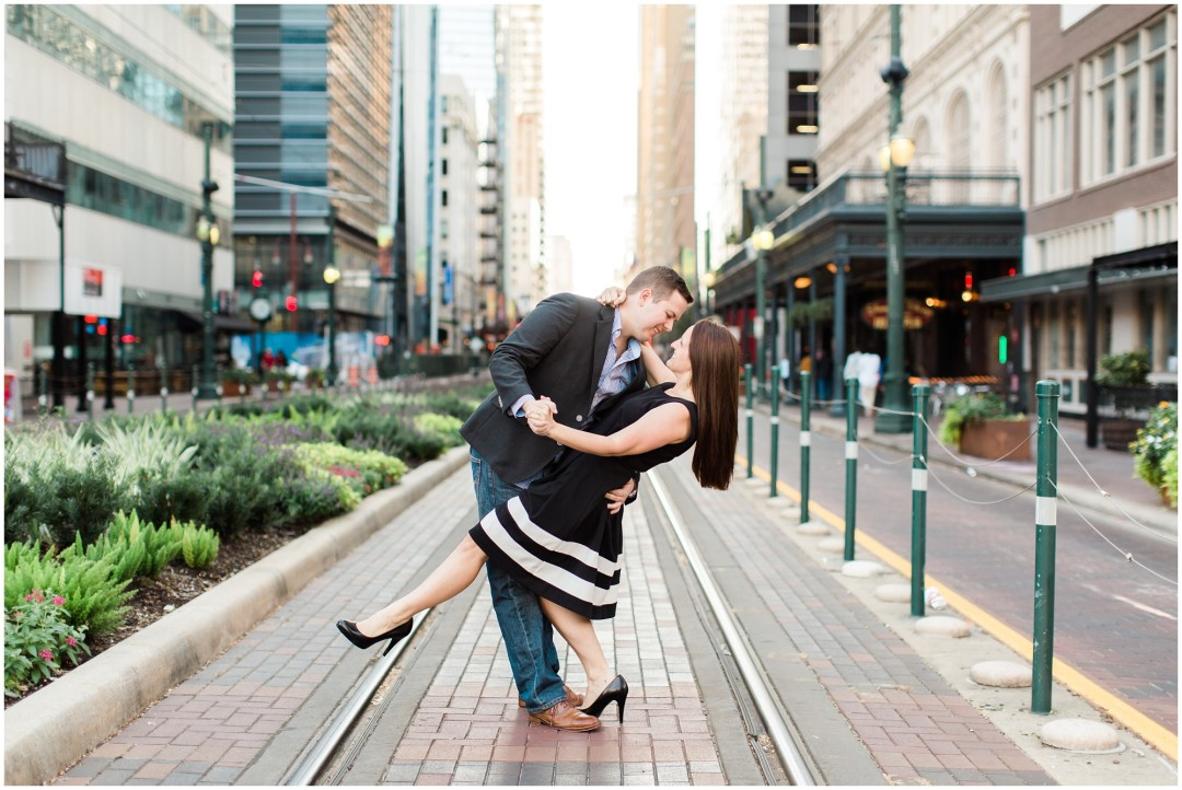 downtown-houston-engagement-01